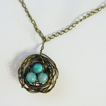 Robin Nest Necklace, bird nest with 3 eggs, wire jewelry, blue bead, pendant with 18 inch chain