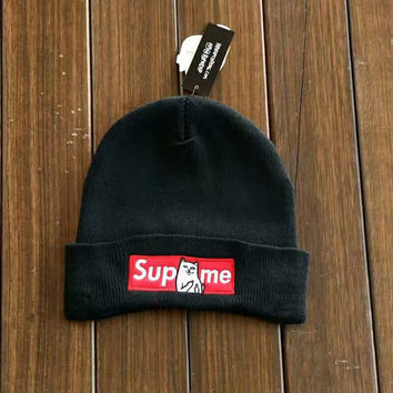 Supreme Embroidery Knit Unisex Hats [9469417031]