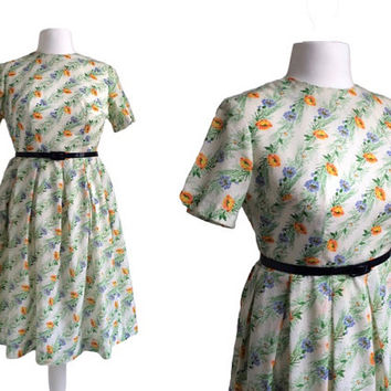 1950's Dress - 50's Vintage Dress - Floral Print Dress - Buttercups And CornFlowers Dress