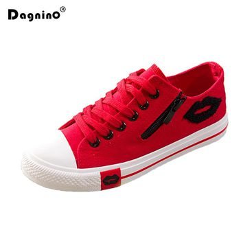 Designer Summer Women Sneakers Lips Casual Canvas Shoes White Flats Trainers Basket Femme Zipper Red Blue Black Zapatos Mujer