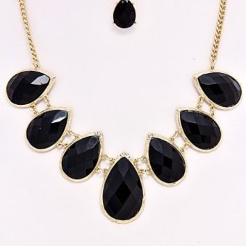 Black-Teadrop-Necklace/Earring-Set