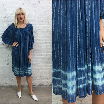 vintage indigo shibori dyed cotton gauze dress / blue hippy boho festival dress / maternity dress