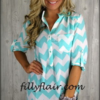 New Intern Chevron blouse in MINT - Filly Flair