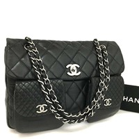 Chanel Classic Flap Quilted Medium Double Black Lambskin Leather Shoulder Bag 4002 (Authentic Pre-owned)