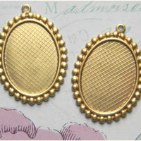 Raw Brass Oval Bezel Setting Photo Pendant Frame 25mm x 18mm - 4 pcs.