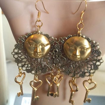 moon earrings chandelier earrings heart key charm dangle steampunk moon face celestial jewelry gold bronze handmade by Elizavella