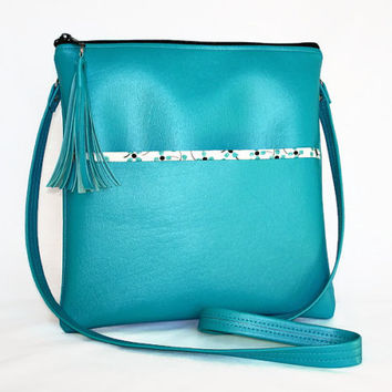 Teal Cross Body Purse Teal Vegan Leather Cross Body Bag Shoulder Strap Purse Teal Hip Bag Teal Zipper Purse