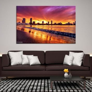 51087 - The Sunset in Red on the City and Sea Canvas Print