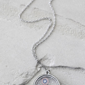 Marvel Captain America Charm Shaker Necklace