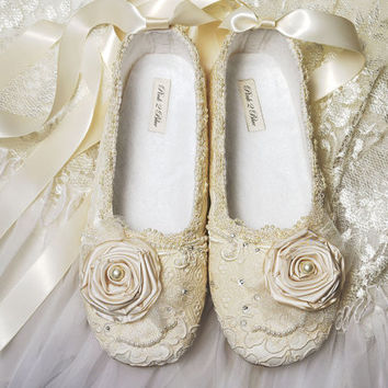 Victoria Bridal Adult Shoes Swarovski Crystals Venice by pink2blue