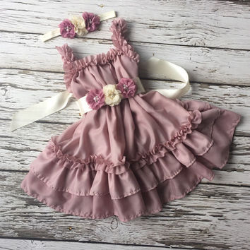 Dusty pink flower girl dress.  Flower girl dress. Birthday outfit. Toddler Vintage dress. Girls pink dress. 2nd birthday outfit