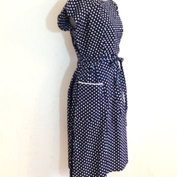 Vintage 50s 60s polka dot dress / retro house dress / rockabilly wrap dress / blue polka dot size small medium large