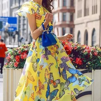 Yellow Butterflies Print Short Sleeve Pleated Mid Dress