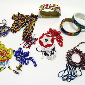 Lot of Vintage Native American Beaded Jewelry Necklaces and Bracelets