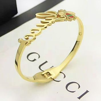 GUCCI Fashion New Letter Bee Women Men Bracelet Accessories Golden