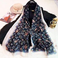 LV Newest Popular Silk Scarf Louis Vuitton Women Silk Kerchief Cape Scarf Scarves