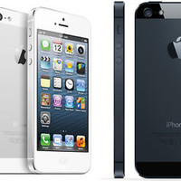 Factory Unlocked Apple iPhone 5 32GB iOS Smartphone 4G GSM Retina White / Black