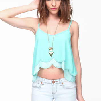 BEADED SCALLOP TIERED TOP