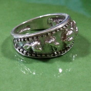 Vintage Disney Winnie the Pooh and Friends Sterling Silver Ring Wide Band Raised Heads of Rabbit Tigger Pooh Eeyore and Piglet Ring Size 7