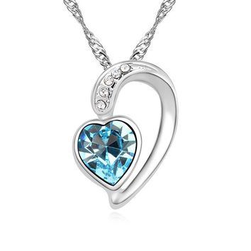 New arrival trendy heart design best Valentine Day gift for girl friend crystal statement necklace made with Austrian elements