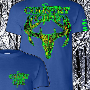 Country Life Outfitters Royal & Green Camo Realtree Deer Skull Head Hunt Vintage Unisex Bright T Shirt