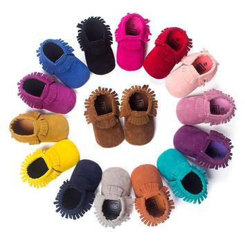 New Suede Leather Newborn Baby Boy Girl Baby Moccasins Soft Moccs Uggs Shoes Bebe Frin