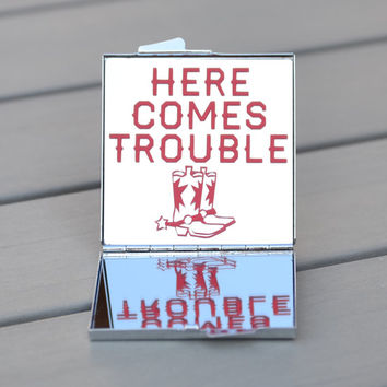 Country girl gift idea | Here comes trouble | Country bachelorette party favor | Compact mirror with cowboy boots |