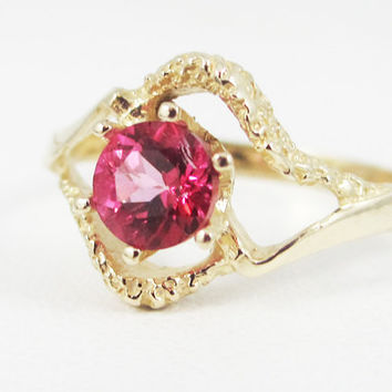 Pink Topaz 14k Yellow Gold Textured Ring, Solid 14 Karat Gold Ring, 14k Gold Pink Topaz Ring, 14 Karat Yellow Gold Ring, Pink Topaz Ring