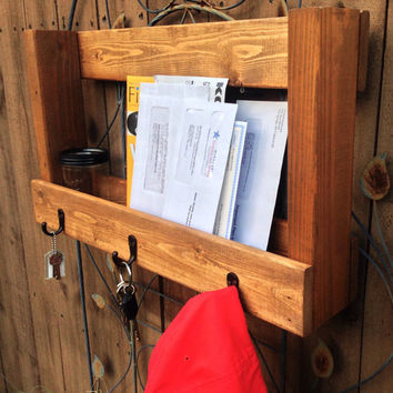 Rustic Mail/Magazine Organizer Key Holder Hat Rack