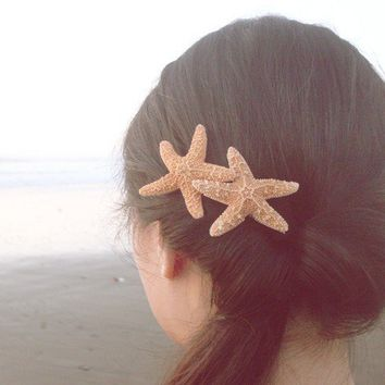 Double Natural Sugar Starfish Barrette Romantic by dreamsbythesea
