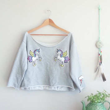 UNICORN PEGASUS Vintage Grey 90s Sweatshirt~ Unicorn Patches~ Kitsch Hipster~ Crop Top~ Off The Shoulder~ Gift For Her~ Fantasy Clothing
