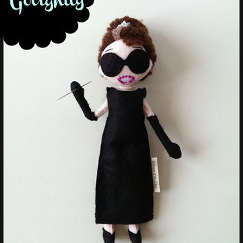 Audrey Hepburn as Holly Golightly in Breakfast at Tiffany's Art Doll from Felt. Handmade Audrey puppet doll. Movie Icons Audrey Hepburn Doll