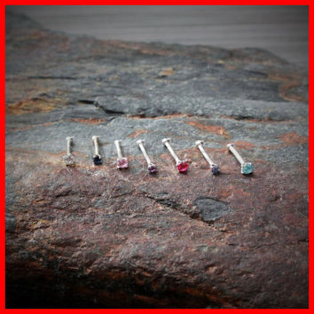 14k White Gold Stud Nose Ring with Prong Setting Gem