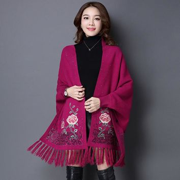 Batwing sleeve wrap swing tassel printing pattern new autumn and winter women cashmere sweater poncho feminino inverno