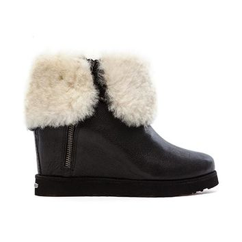 Koolaburra La Volta Deluxe Boot with Fur in Black