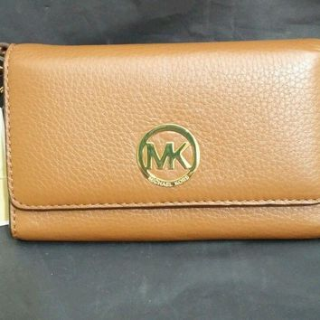 Authentic NWT Michael Kors luggage tan leather wristlet wallet phone case