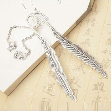 Creative Retro Feather Design Twelve constellation Metal Bookmarks Students Beautiful Fashion Vintage Bookmark Gift 801