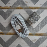 New Super Cute Jeweled Grey & White Designed USB Wall Apple iphone 5,5s, 5c Charger + 10ft White Cable Cord