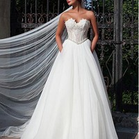 [124.99] Elegant Lace & Tulle A-line Wedding Dress With Beaded Lace Appliques - Dressilyme.com