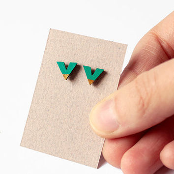 Geometric earrings, wooden chevron - emerald green, gold - minimalist, modern, jewelry