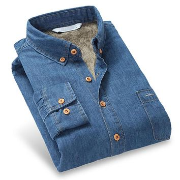 Winter New Fashion Denim Men Warm Shirts Long Sleeve Chest Pocket Button-down Slim Fit With Velvet Thick Men Casual Shirt