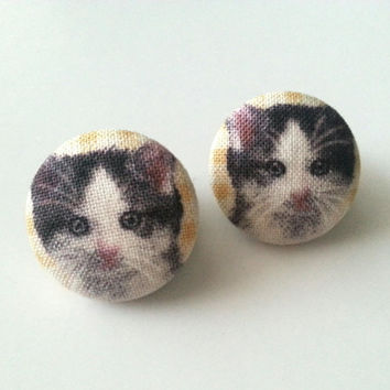 Grey and white cat fabric button earrings