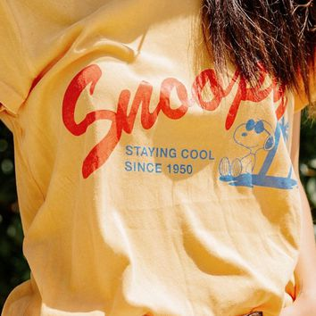 Junk Food Snoopy Staying Cool Tee | Urban Outfitters