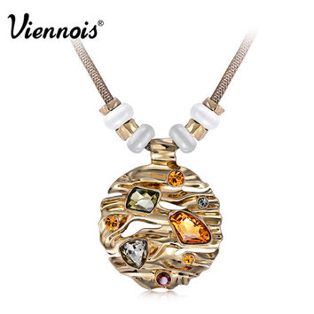 Hot Viennois Fashion Jewelry Coffee Gold Zinc Alloy Round Pendant Necklace with Top Crystal Austrian Rhinestone and Opal Stone