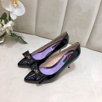 Gucci Trending Women leather Leisure Snake Bee Flower Embroidery Flats high heels slipper sandals shoe black