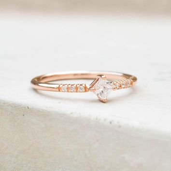 Diamond Shaped Ring   Rose Gold