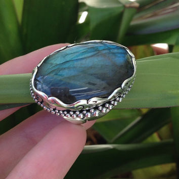 Labradorite Ring in Sterling Silver~ Large Gemstone Carved Mounting Sajen Jewelry Designer Jewelry