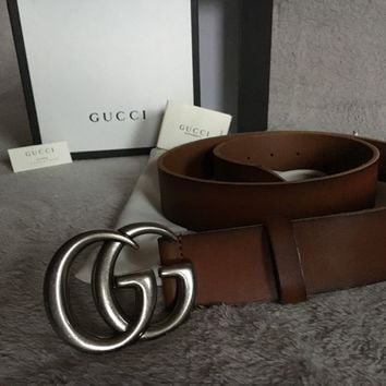 Gucci belt with box