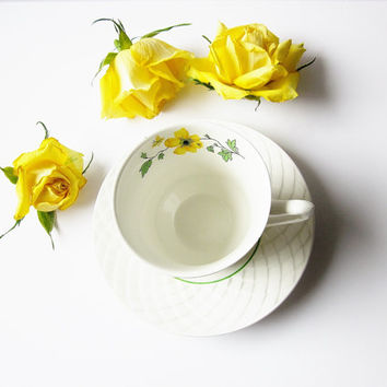 Cup And Saucer Jacqueline Enoch Wedgwood Tunstall England - Fine Vintage China Teacup - Yellow Green Buttercup Rose Pattern Lattice Edge