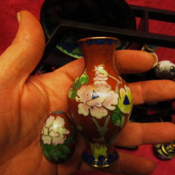 "Amazing Vintage Cloisonne  Miniature Red Set of 2  Vase  3 "" And Egg  Free Shipping in USA SALE"